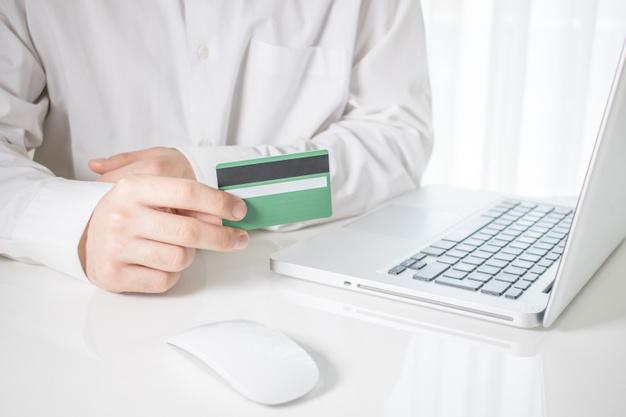 Дебетовые банковские премиум карточки с бесплатным обслуживанием (2)